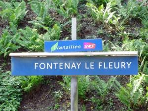 800px-Gare_de_Fontenay-le-Fleury_05 source wikipedia