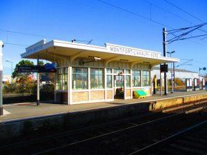 Montfort-l'Amaury - Méré - Abri de quai - Avant les travaux