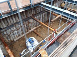 La Verrière - janvier 2021 - Travaux de terrassement - escaliers